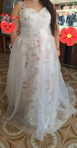 Robe de Mariée Originale pour Femme Ronde photo review