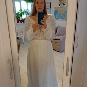 Robe de Mariée Bohémien à Manches Bouffantes photo review
